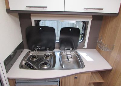 CARAVELAIR-ANTARES-335-KITCHEN-2