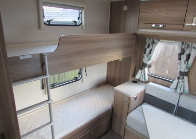 SWIFT-CHALL-5902016BEDS