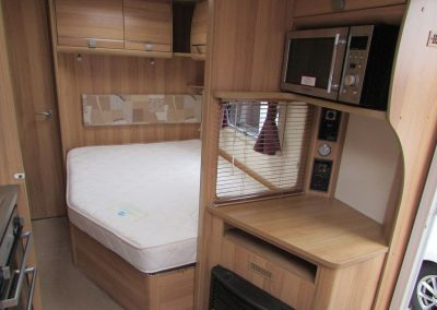 BAILEY-PEGASUS-VERONA-2011-BED